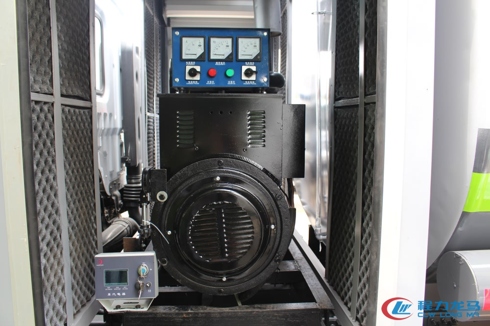 程力龙马是怎样抑制多功能抑尘车作业噪声的?